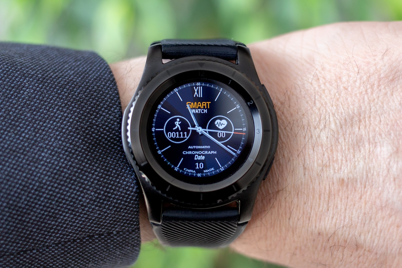 How to choose a waterproof smartwatch