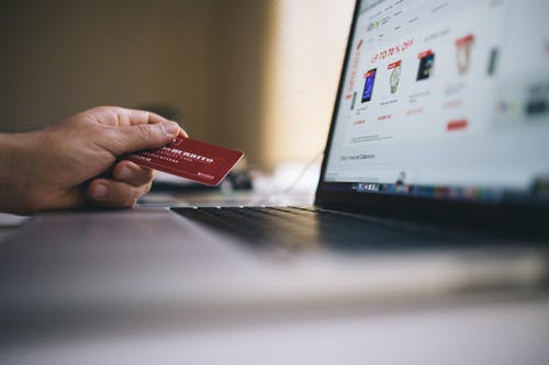 10 Common Credit Card Practices You Need To Stop